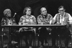 1_web_1993_Clan_Conference_panel