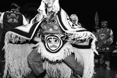 9.1_Chilkat_robe_dancer